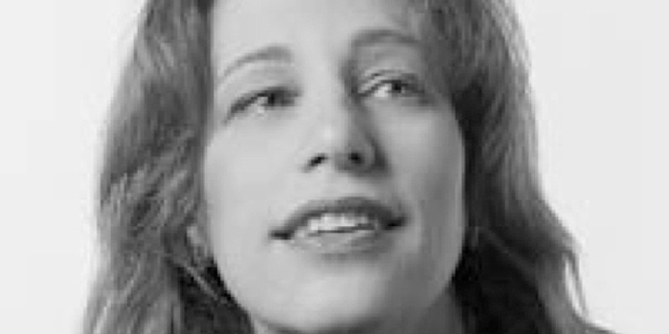 susan kare May: 2014, susan kare walks us through some key points regarding the design of icons and symbols kare is an artist and designer and pioneer of pixel art she created.
