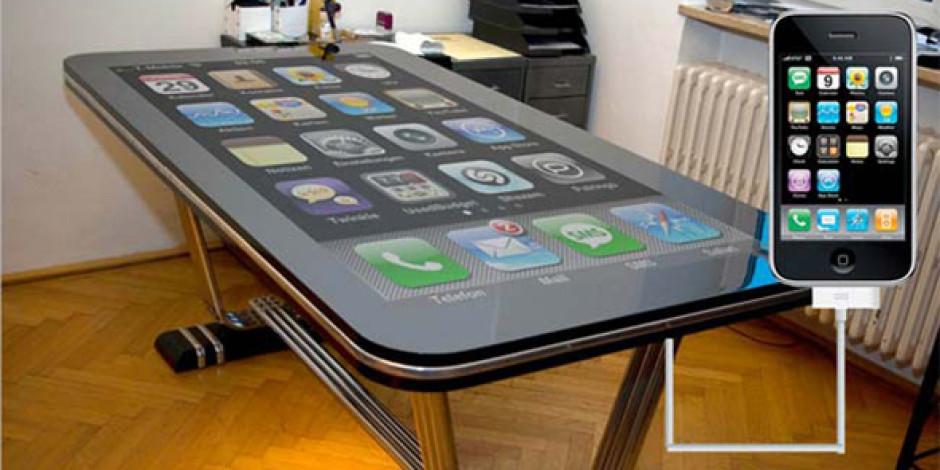 Toplantı Masasından iPhone Olur Mu? Olur!