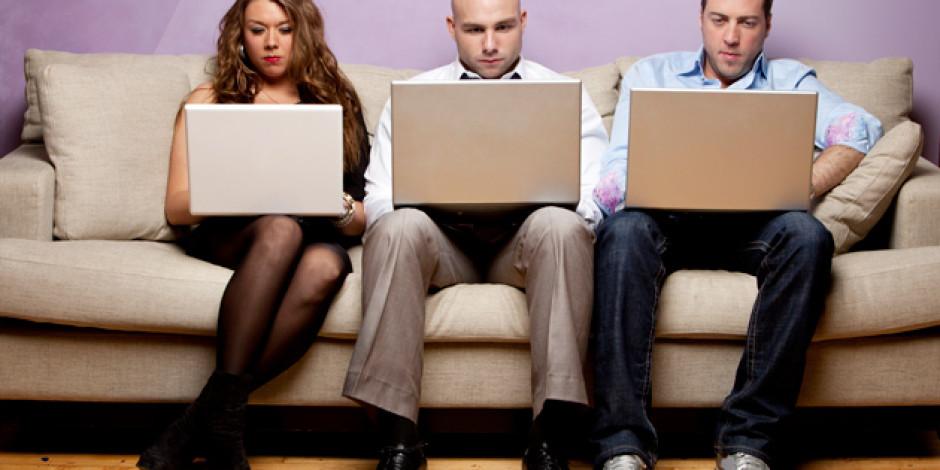Sosyal Medya'da Var Olmak Süper Hızlı Trenlere Binmek Gibi