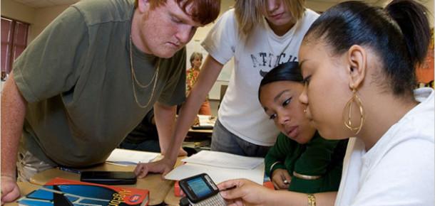 Gençlerin Akıllı Telefon Kullanım Amaçları