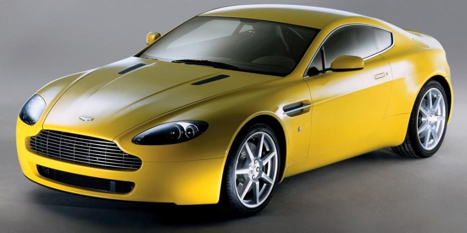 Aşk Romanı Yazıp Aston Martin Kazanmak İster misiniz?
