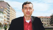 İnci Sözlük'ün Milletvekili Adayı Ahmet Yılmaz Bir Günlüğüne Adaylıktan Çekildi