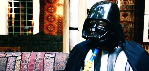 Elinde Samsung Galaxy Tab, Darth Vader İstanbul'da [Viral]