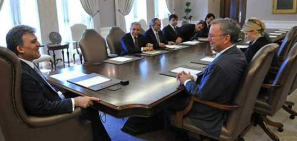 Eric Schmidt, Abdullah Gül ve Binali Yıldırım ile Görüştü