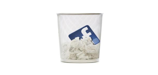 45 Yaş Üzeri Üyeler Facebook'tan Ayrılmayı Düşünüyor