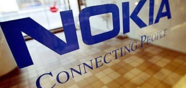 Nokia Serbest Düşüşte