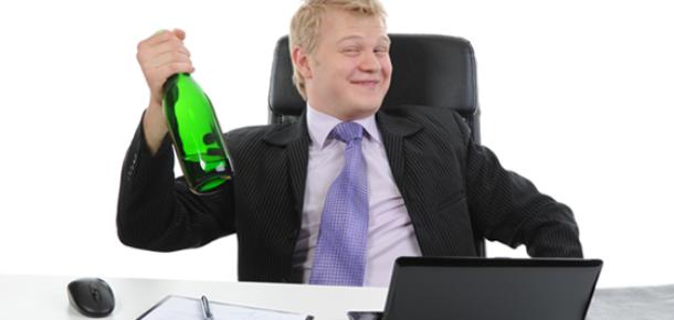 Alkollü Kullanıcıları Sosyal Ağlardan Uzak Tutan Uygulama