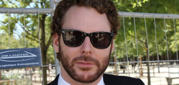 Sean Parker İlk Twitter İletisinde Zuckerberg'ten Özür Diledi