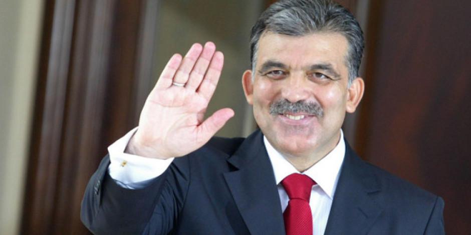 Cumhurbaşkanı Abdullah Gül'e YouTube'tan Soru Sorabilirsiniz