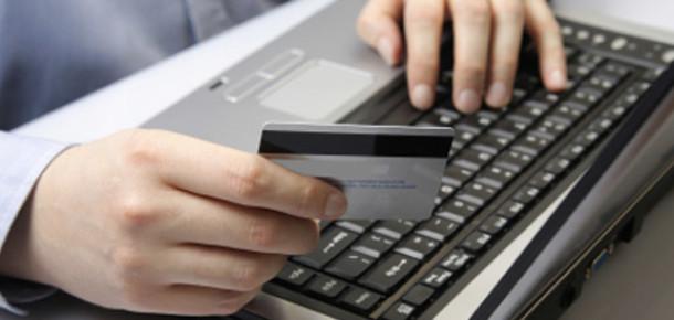 Türkiye'de Dört Kişiden Biri Online Alışveriş Yapıyor [Araştırma]
