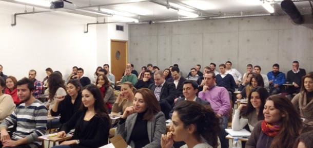 Sosyal Medya Eğitimlerimiz Rekor Katılımcı ile Başladı