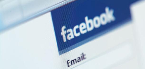 Facebook 'Add to Map' Özelliğini Test Ediyor