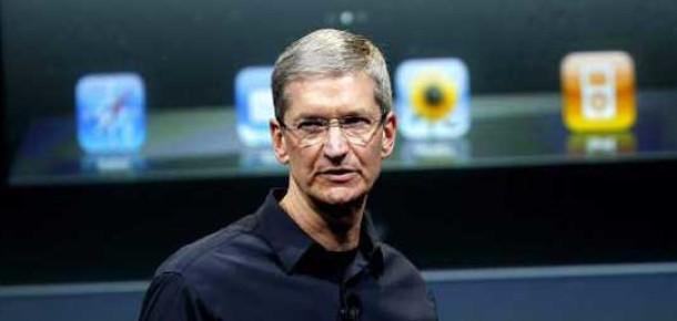 Tim Cook, Apple'ın Facebook ile Çalışmalarını Arttırması Gerektiğini Düşünüyor