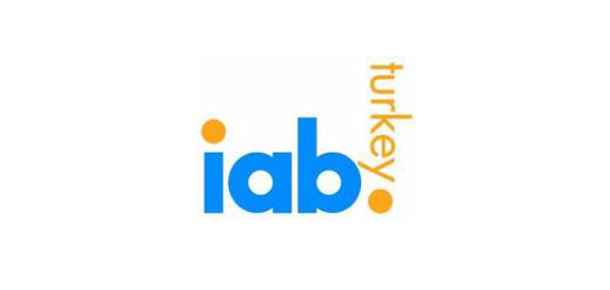 IAB Türkiye'den 2011 Yılının İnternet Kullanım Rakamları [İnfografik]