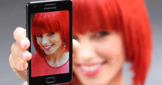 Samsung'un Akıllı Telefon Pazarında Bir Yılda Geldiği Nokta