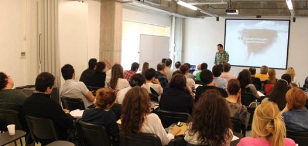 Sosyal Medya Eğitimlerimiz Bursa'da Rekor Katılım ile Başladı