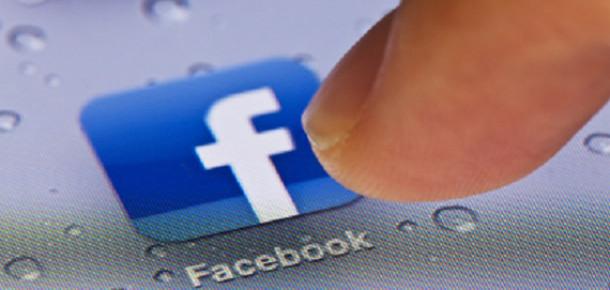 ABD'de Facebook'un Mobil Kullanımı Web Sitesini Geride Bıraktı