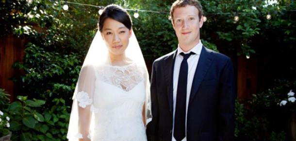 Mark Zuckerberg Dünya Evine Girdi