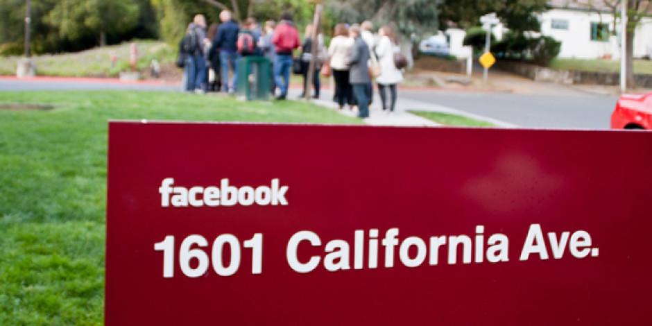 Zaman Tüneli Facebook'ta İçeriklerin Ömrünü Uzatıyor