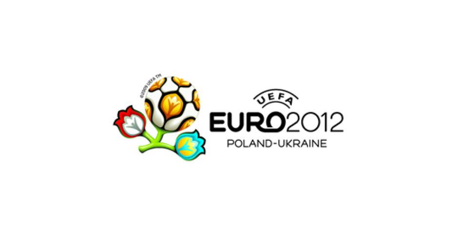 EURO 2012 Öncesinde Futbolculara Twitter Yasağı
