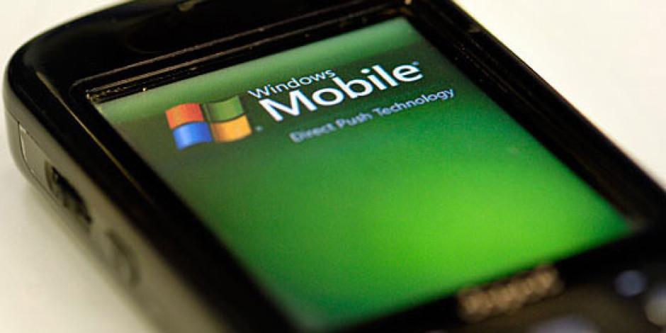 Microsoft'un Akıllı Telefon Pazarındaki Düşüşü Sonunda Durdu