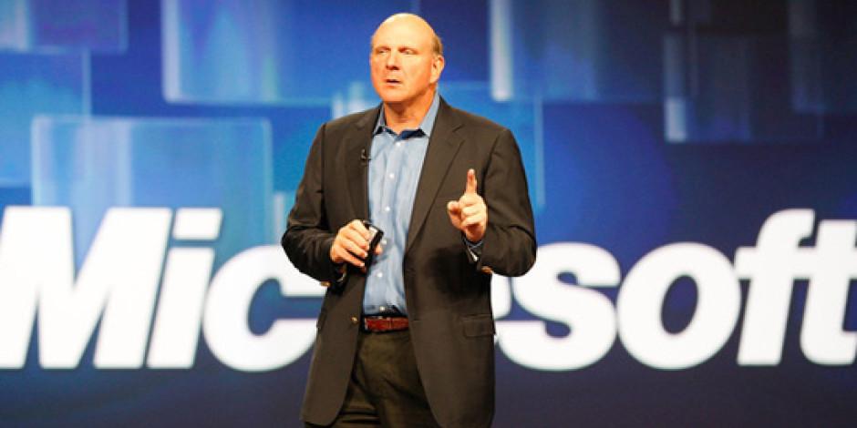 Microsoft CEO'su Steve Ballmer: Apple'a Boş Alan Bırakmayacağız