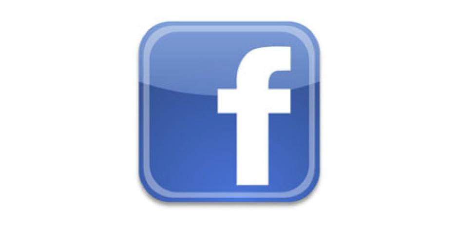 Facebook'tan Fotoğraf Bölümüne Küçük Makyaj