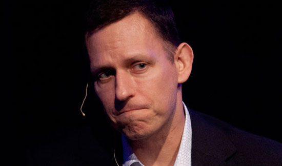 Facebook'un İlk Büyük Yatırımcısı Peter Thiel 22 Milyon Hissesini Sattı