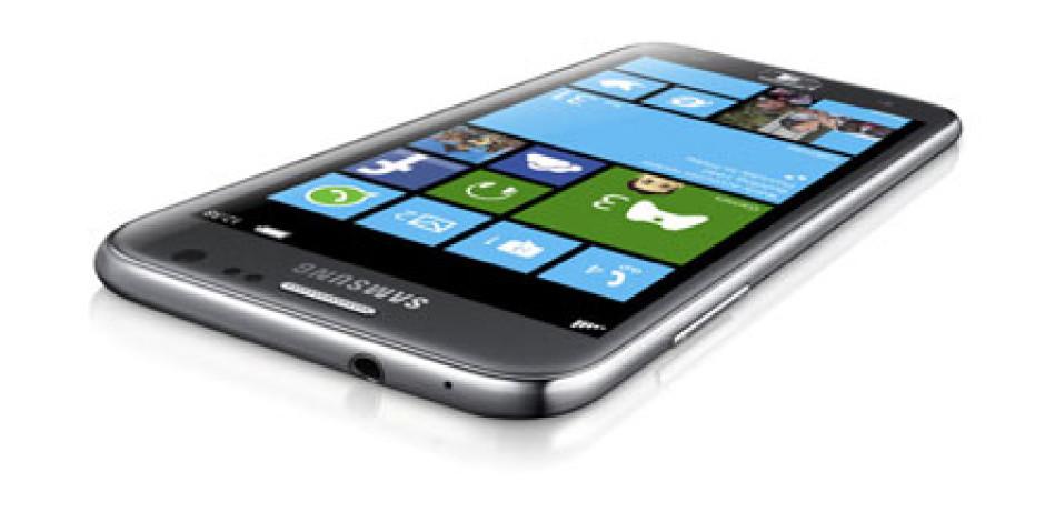Windows Phone 8'li İlk Akıllı Telefonu Samsung Üretiyor