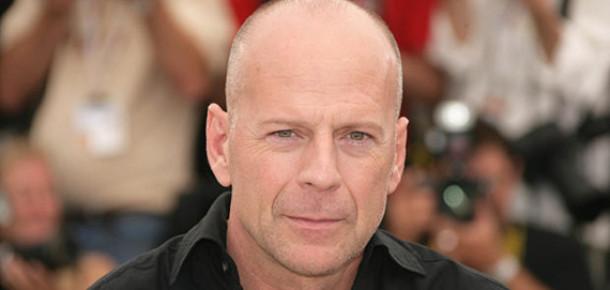 Bruce Willis, Apple'ı Dava Etmeye Hazırlanıyor