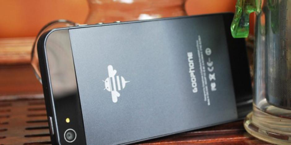 Çinli Üretici iPhone 5'in Aynısını Yaptı, Üzerine Bir de Patentini Aldı