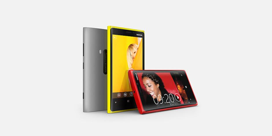 Lumia 920 ve 820 İçin Avrupa Çıkış Tarihi ve Fiyatlar Açıklandı