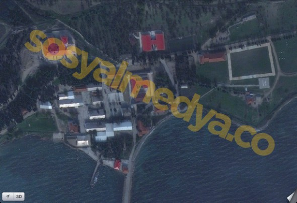 Google'da Sansürlenen İmralı Adası Apple'da Sansürsüz, Yandex'te Yok