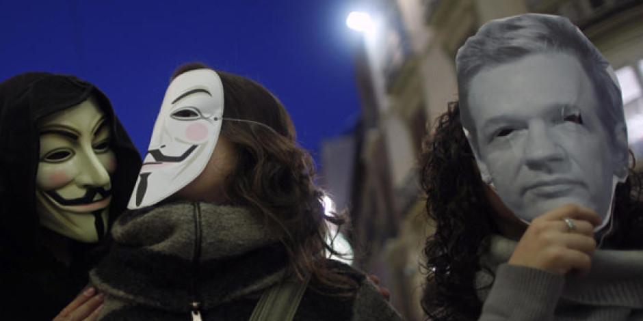 Wikileaks ve Anonymous Karşı Karşıya Geldi