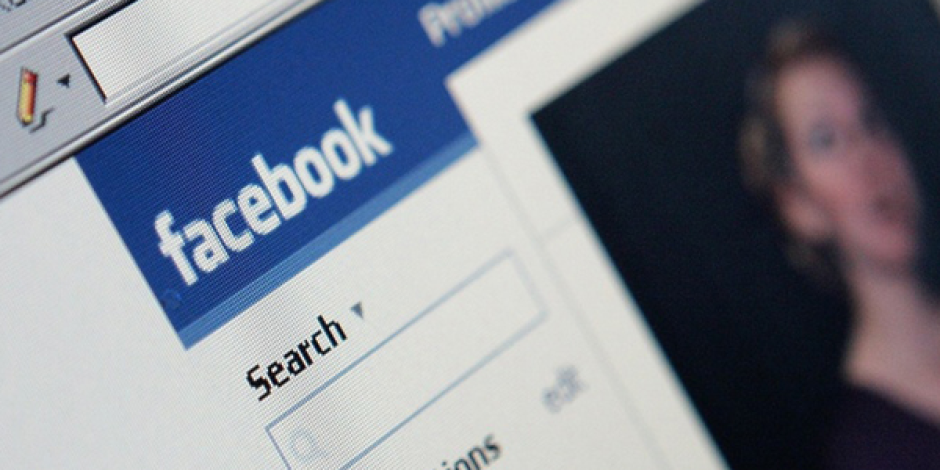 Facebook Insights'a Mobil Desteği Geldi
