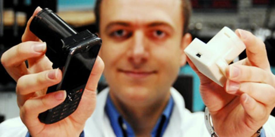 Ödüllü Türk Bilim Adamı Aydoğan Özcan Akıllı Telefonları Laboratuvara Dönüştürüyor
