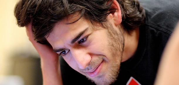 İnternet Dünyası Aaron Swartz'un İntiharıyla Sarsıldı