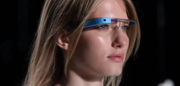 Google Glass Geliştiricilerin Karşısına Çıkıyor