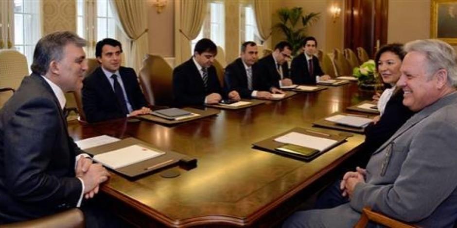 Apple Başkan Yardımcısı John Couch Abdullah Gül'ü Ziyaret Etti