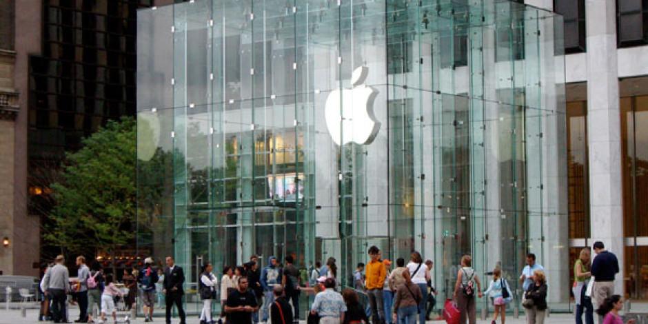 Apple Piyasaya Akıllı Saat Sürecek