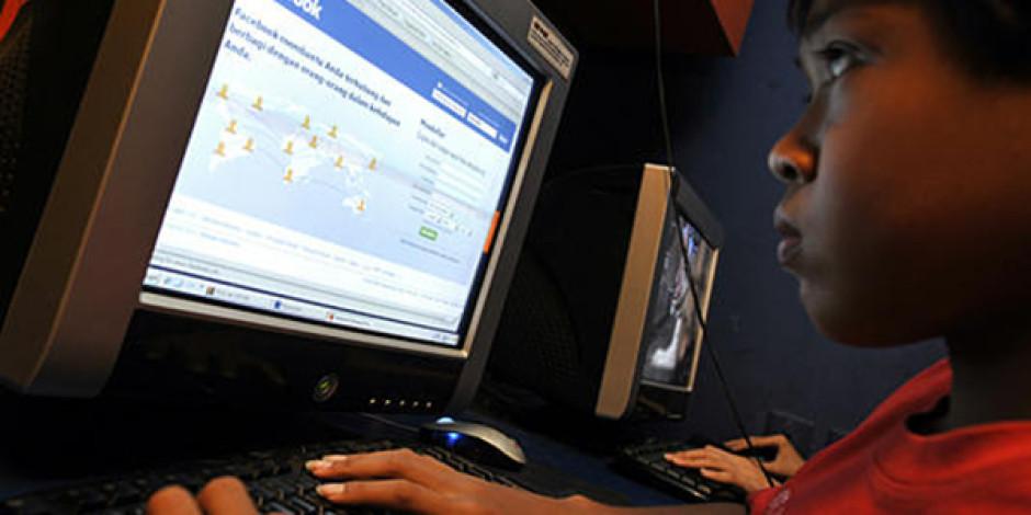 Facebook Graph Search'te 18 Yaş Altı Kullanıcıların Bilgilerini Gizliyor
