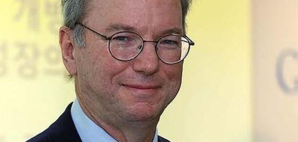 Google Başkanı Eric Schmidt Blackberry Kullandığını İtiraf Etti