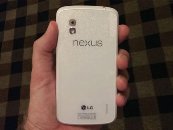 Android 4.3 ve Beyaz Nexus 4 Haziran Ayında Geliyor