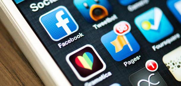 Facebook'a Filmlere, Kitaplara ve Dizilere Puan Verme Özelliği Geldi