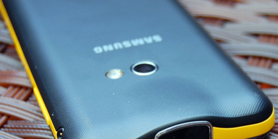 2013'te Satılan Her 10 Akıllı Telefondan 3'ü Samsung