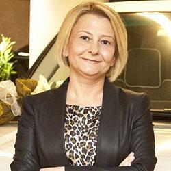 Aslı Kayadeniz - Land Rover Marka Yöneticisi