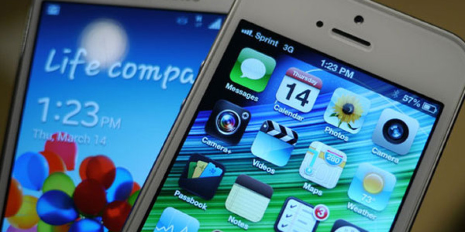 Sosyal Medyada Hangisi Daha Çok Beğeniliyor? iPhone 5 mi Galaxy S4 mü?