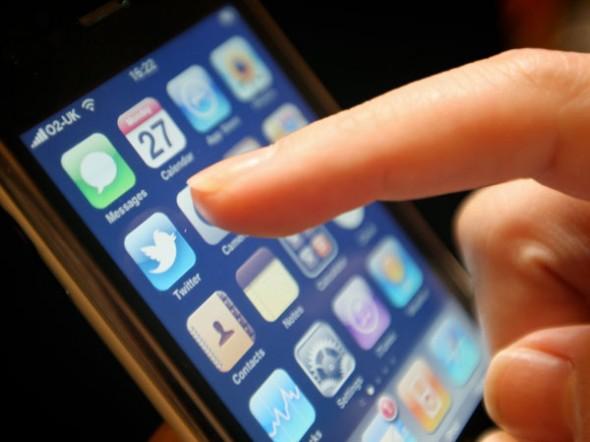 Twitter, Mobil Kullanıcılar İçin Kişi ve Tweet Takip Önerilerine Başladı