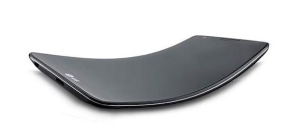 LG'nin Kavisli Akıllı Telefonu G Flex'in İlk Görüntüleri Yayınlandı