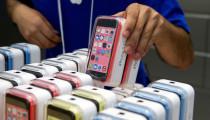 Apple, Yeni iPhone Modelleri İçin Kavisli Ekran Seçeneğini Değerlendiriyor